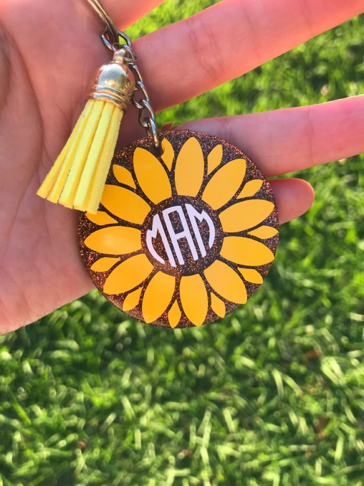 Sunflower monogram keychain, sunflower keychain, monogram