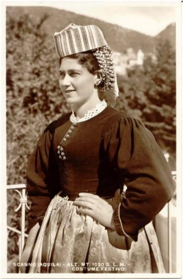scanno_card_32.jpg (immagine JPEG, 362 × 550 pixel) italian women old dresses -XIX cent. Abruzzo