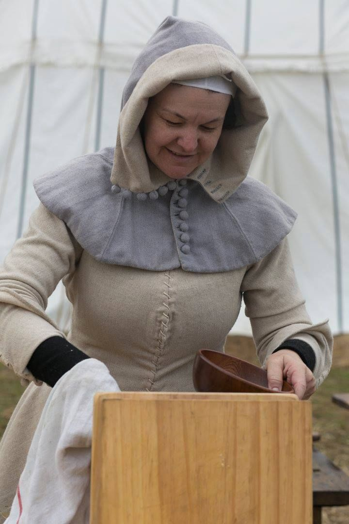 Rosalie Gilbert (rosaliegilbert.com) at the St. Ives Medieval Fair, Sept 2015. Photo via FB page for St Ives medieval fair.
