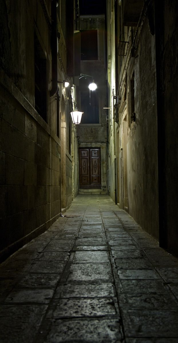 ▇ All doors, lead somewhere.
