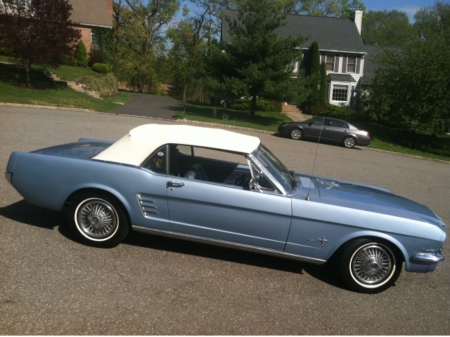 Pictures for Ad # 5976 - 1966 Mustang Convertible well optioned