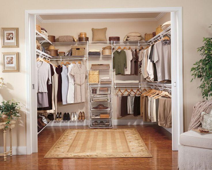 Ideal Begehbarer Kleiderschrank Ein begehbarer Kleiderschrank hat vor allem die Aufgaben mehr Ordnung f r Ihre Bekleidung und Schuhe zu schaffen Anhand einiger