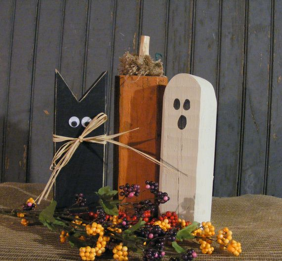 Rustic Halloween Black Cat, Pumpkin, Ghost. Primitive Halloween Decor - Rustic Reclaimed Wood.