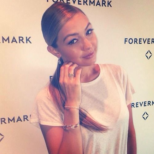 SI_Swimsuit: Rookie @GiGiHadid looks absolutely stunning in her @Forevermark jewelry! #SISwim50