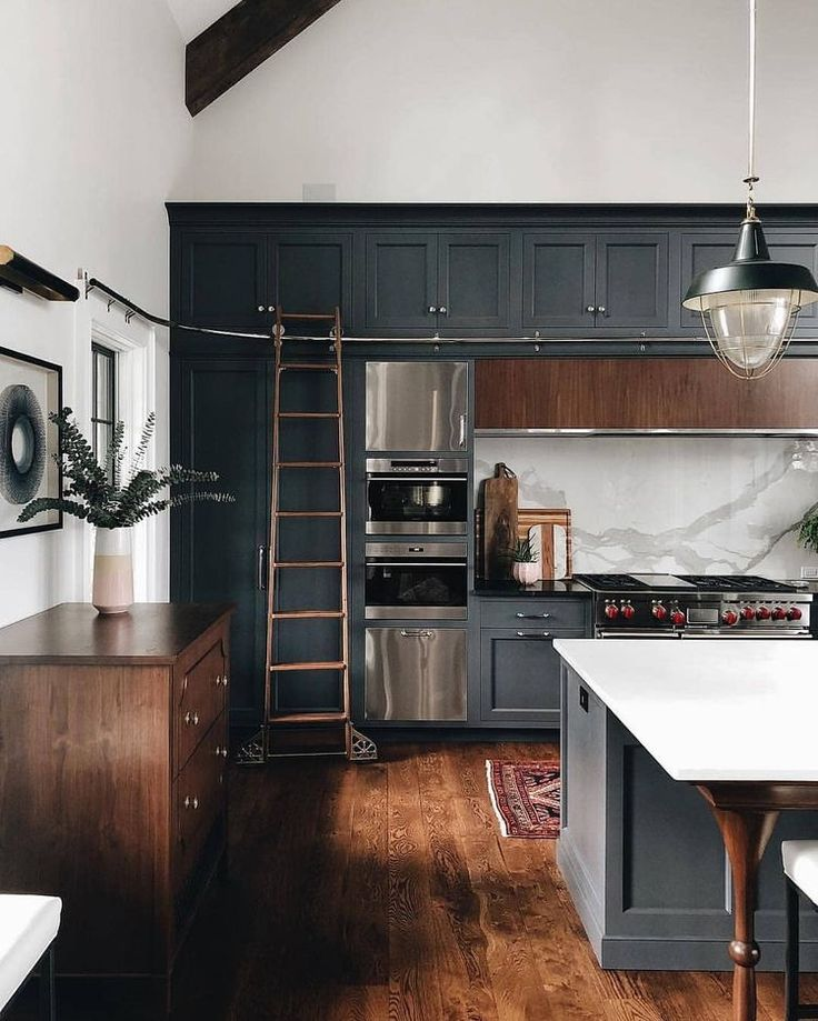 Colors for master cabinetry