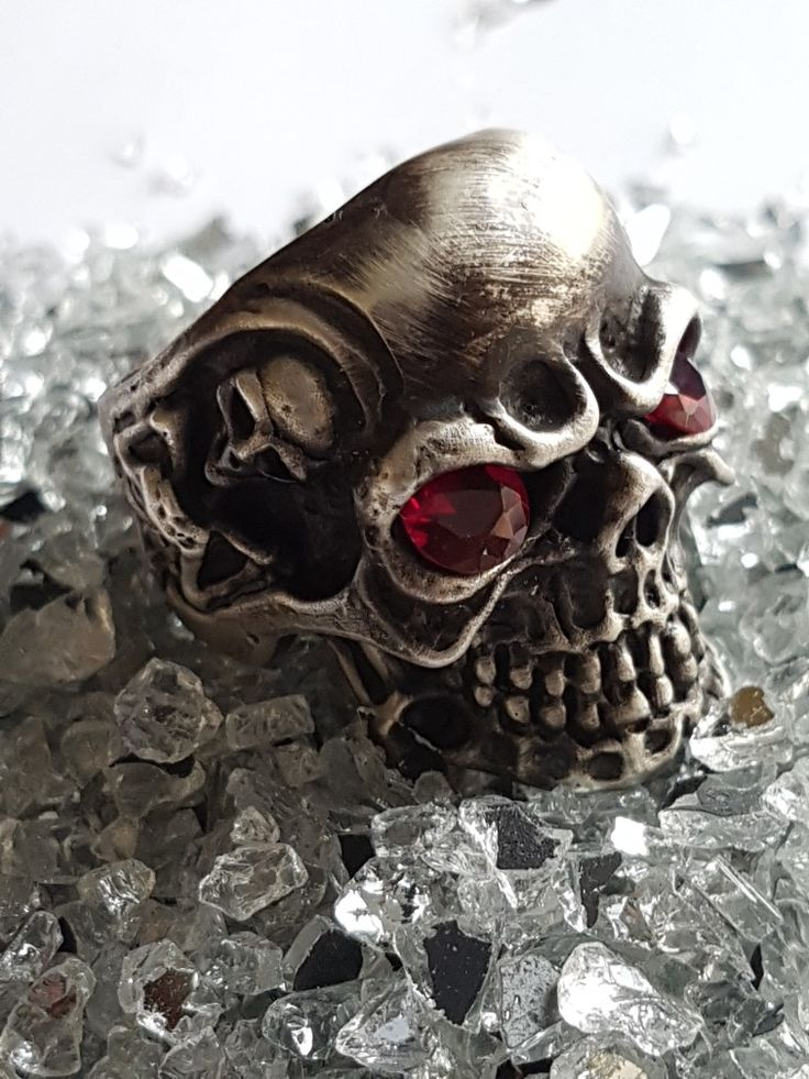 """Check this out in my etsy account.  oxidized silver skull ring """"memento mori"""""""