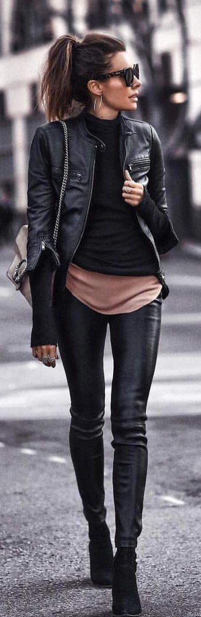 #spring #outfits woman wearing black leather zip-up jacket. Pic by @streetstyle__daily #winteroutfits