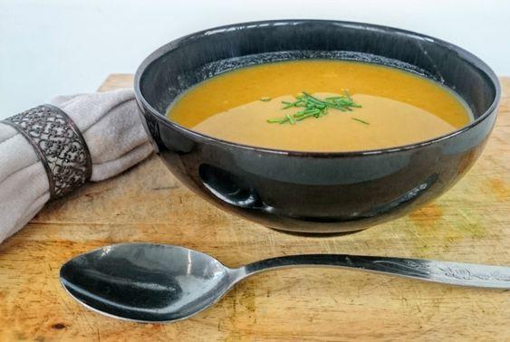 Slimming World Syn Free Pumpkin, Broccoli & Chilli Soup Maker Recipe – Serves 4