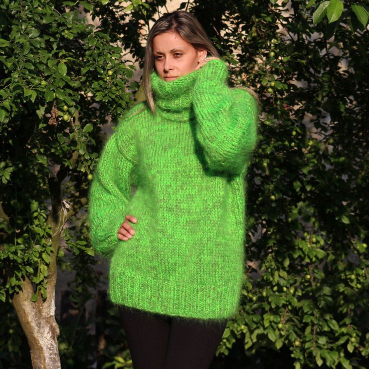 Green Hand Knitted Mohair Sweater Fuzzy Turtleneck Pullover by Extravagantza M L | eBay