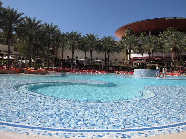 88 Best Las Vegas Swimming Pools Images On Pinterest Hotels In Las Vegas Las Vegas Nevada And