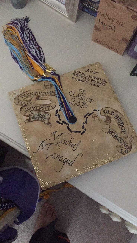 Die Karte eines Harry Potter-Rumtreibers als Abschlusskappe. Jeder, der die Harry-Potter-Reihe gelesen hat, weiß sehr gut über die Rumtreiber und ihre Bescheid