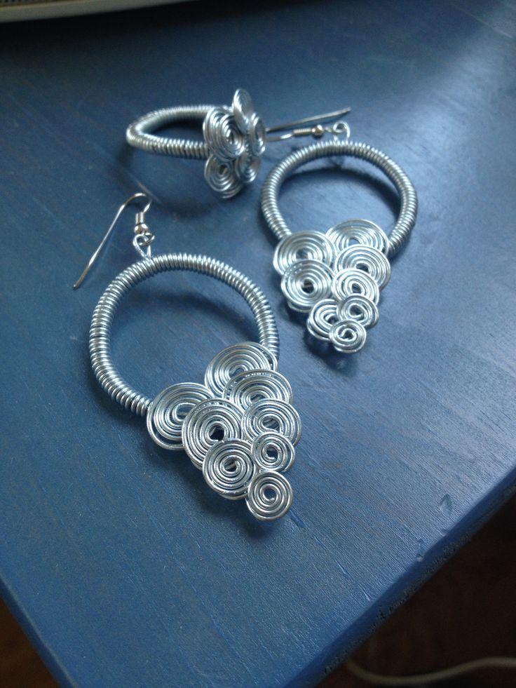 Wire wrapping Wire earrings, Wire ring, jewlery, ståltråd.