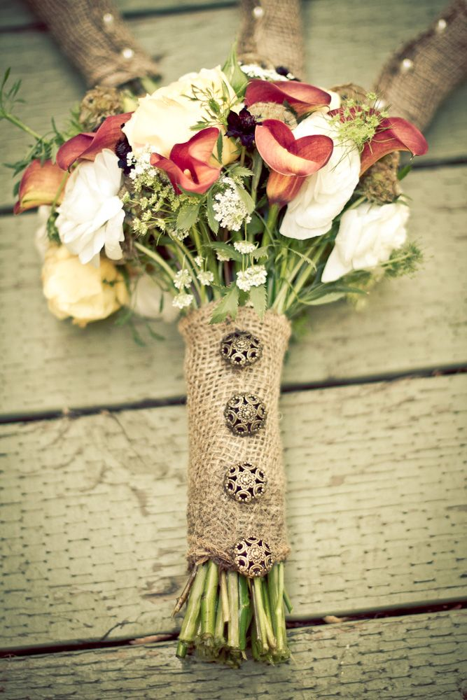 Burlap and Buttons!