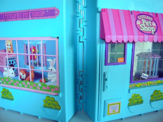 Vintage Littlest Pet Shop Playset Playcase Carrier by by 2bcre8iv