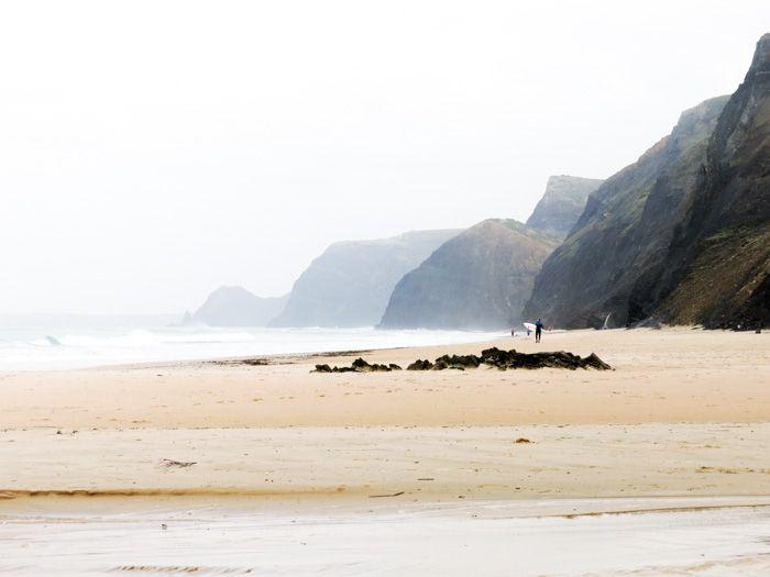 Packt eure Surfboards ein und kommt mit uns mit, auf unseren Roadtrip Atlantikküste Spanien und Portugal. Hier gibt es einiges zu entdecken!