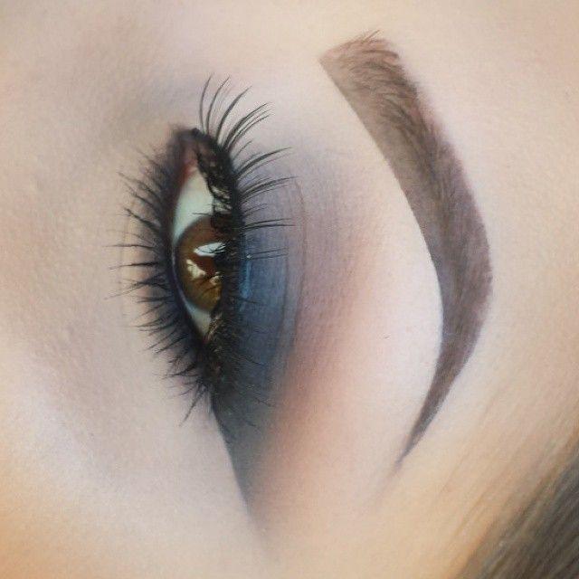 @makeupby_krystal #smokeyliner #makeup #ShareIG