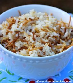 Arroz con Fideos (Angel Hair Rice) |mycolombianrecipes.com