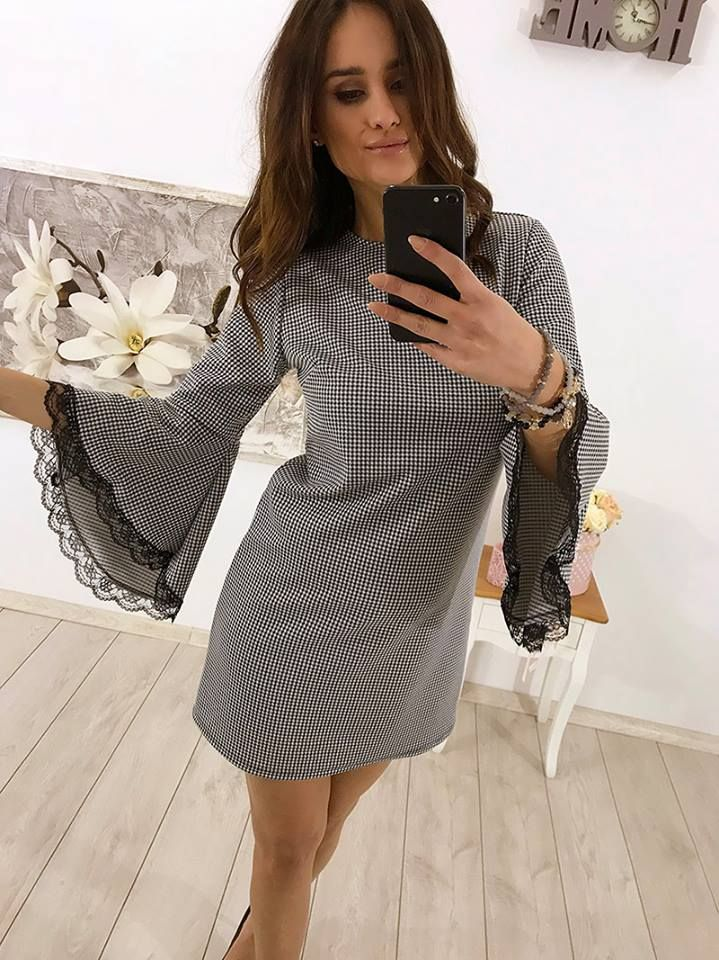 💋💋 Elegancka sukienka z poszerzanymi rękawami 💋💋 ❗️Cena: 79,99 zł ❗️ Link do produktu: http://bit.ly/2xoiIHg Stylistka Sara <3