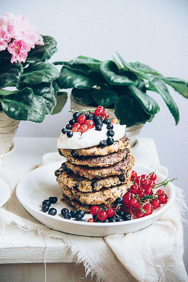 ... buckwheat poppy seed pancakes with blueberries (gluten-free) ...