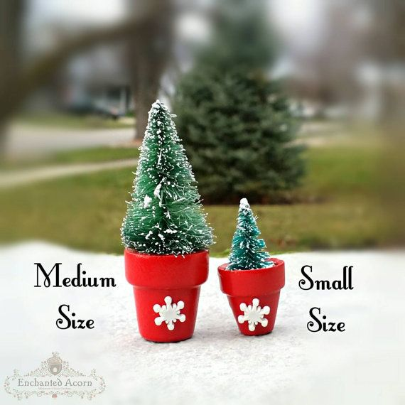 Medium Miniature Sisal Tree in a Decorative Snowflake Planter Pot – Bottle Brush Trees, Christmas Village minis Fairy Garden Accessories – Enchanted Acorn Products