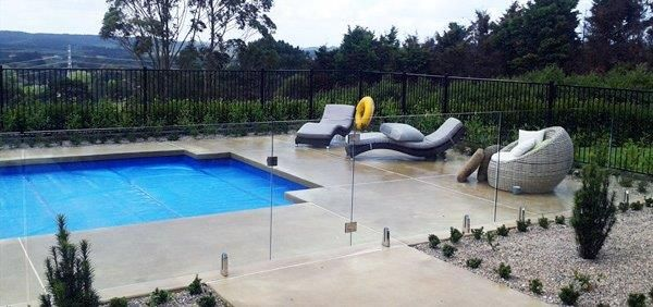 NZ Glass has gained huge appreciation in installing attractive Pool Fencing in Auckland.