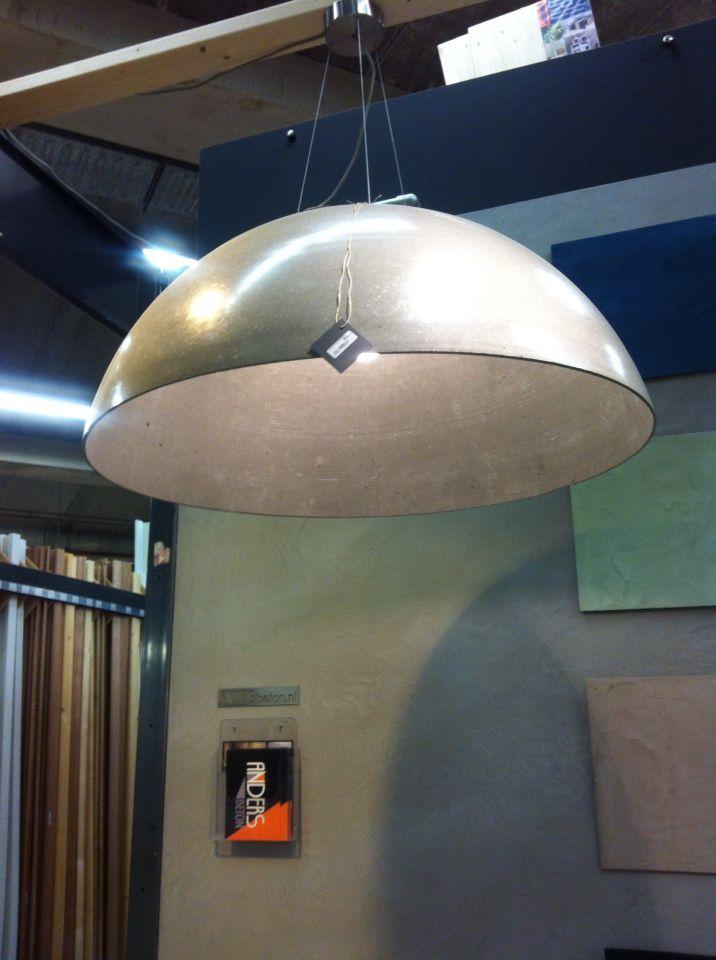Lamp bij Nijhof