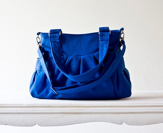 it's electric.Roi Blue, Etsy, Pretty Bags, Convertible Straps, Blue Bags, Colors, Bright Blue, Dr. Who, Blue Leatherette