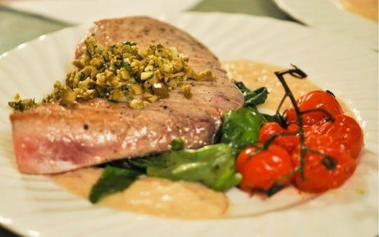 Tuna Steaks with Olive TapenadeMajor Yum, Olive Tapenade, Recipe Divas, Leap Protein, Maine Courses, Tuna Steak