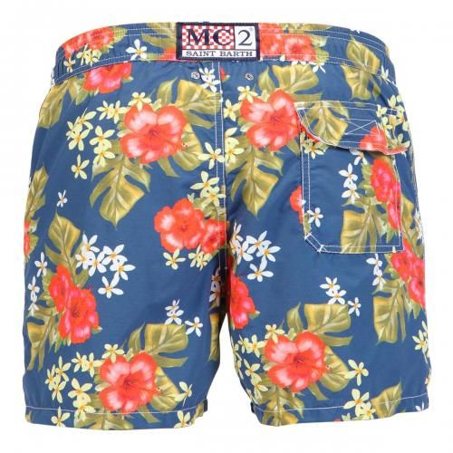 NYLON LONG SWIM SHORTS WITH HIBISCUS PATTERN Nylon long Swim Shorts with hibiscus and leaves print. Two front pockets and back Velcro pocket. Internal net. Elastic waistband with adjustable drawstring. COMPOSITION: 100% NYLON. Model wears size M, he is 189 cm tall and weighs 86 Kg.