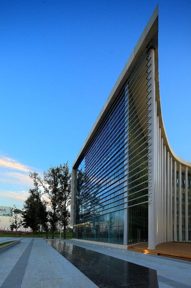 Haxi Town Plaza Building by Zeybekoglu Nayman Associates