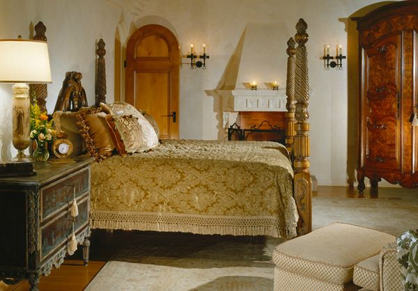 Italian villa bedroom images for Italian villa interior design ideas
