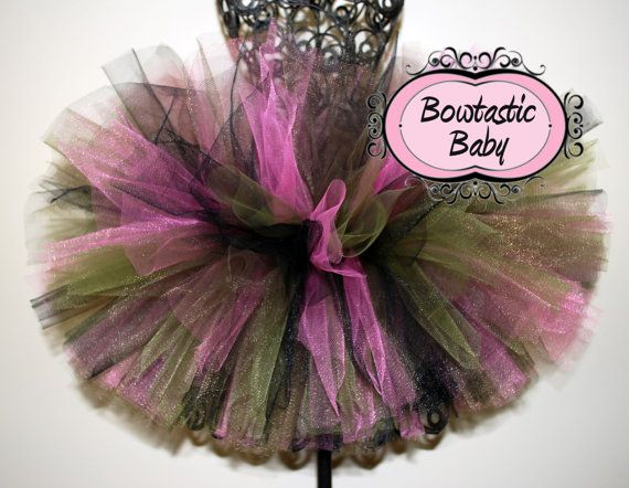 Pink Camo tutu.  Daddy's little hunter.  Military by BowtasticBaby, $12.00