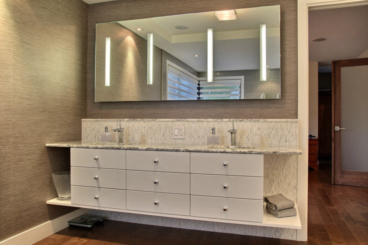 Salle de bain réalisée par Richard & Levesque design Sylvie Gagné (macpie)