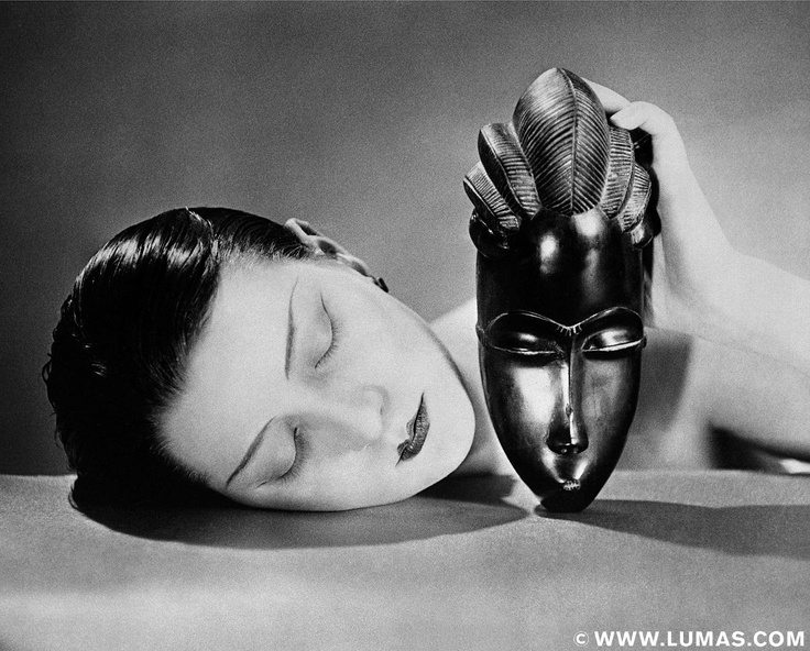 Noire et Blanche, 1924 © Man Ray, www.lumas.com