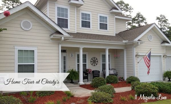 Home tour at Christy's @ 11 Magnolia Lane, plus links to her past two home tours in previous houses.