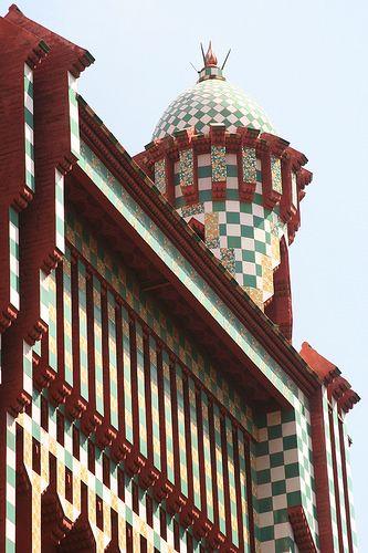 74 best gaudi casa vicens images on pinterest gaudi barcelona and barcelona city - Casa luthier barcelona ...