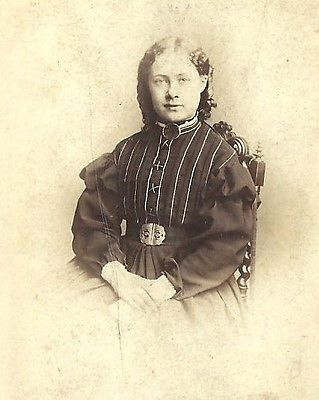 CDV PHOTO BEAUTIFUL YOUNG WOMAN IN FANCY STRIPED DRESS MANCHESTER LATE 1860'S