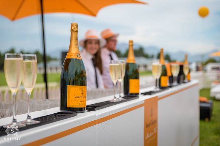 Val de Vie Estate for the Veuve Clicquot Masters Polo 2016 and our incredible Shimmy after party! Beautiful venue for the day!