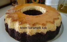 Keki bir de krem karamelli deneyin, tadına bayılacaksınız. Krem karamelli kek hem kek hem de pasta tadında. Özel misafirlerinez sunmak için farklı ve şık bir tarif arıyorsanız krem karamelli kek tarifimizi deneyin. Sunum olarak oldukça şık olan kek aynı zamanda çok lezzetli.