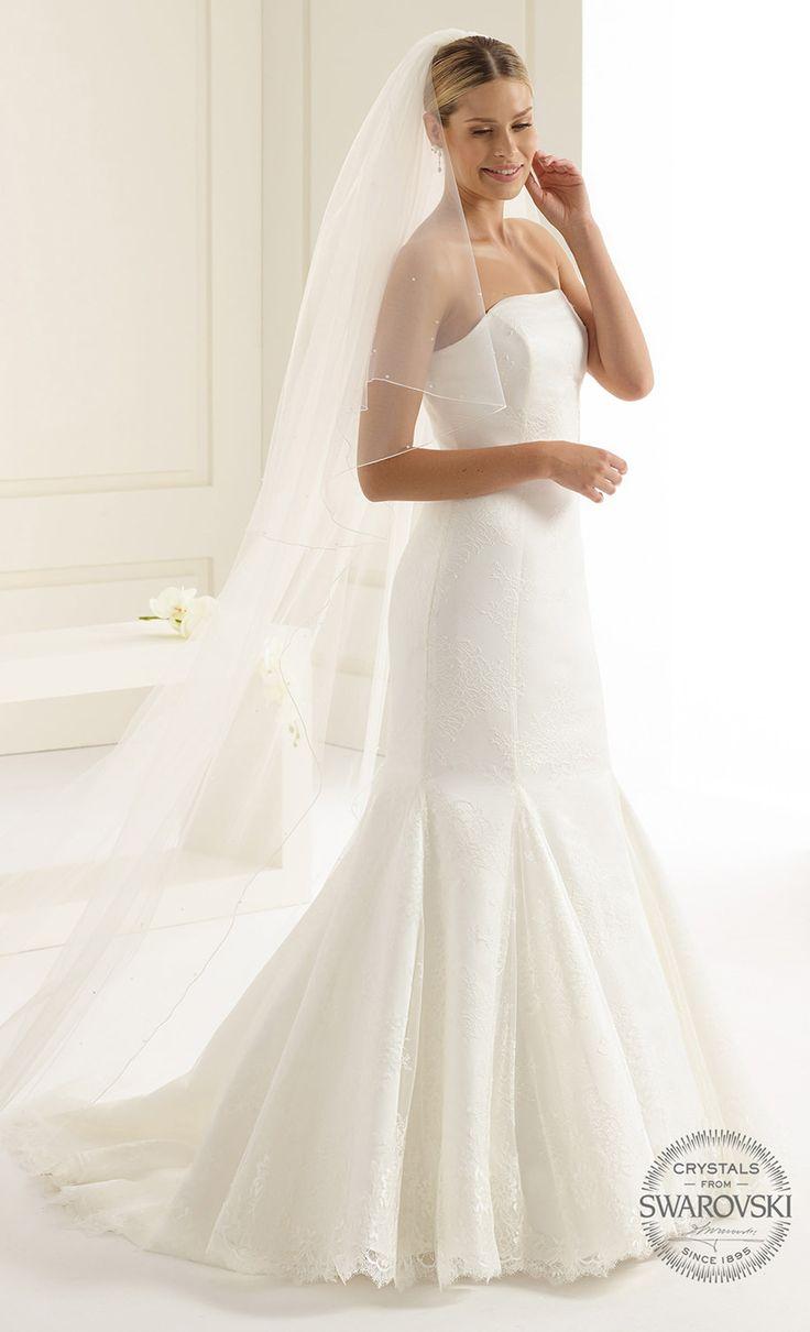Magical veil S144S with Swarovski crystals made for a winter bride! See more at bianco-evento.com #biancoevento #wedding #weddingdress #bridalwear #veil #bridaccesorries #winterwedding #weddingideas