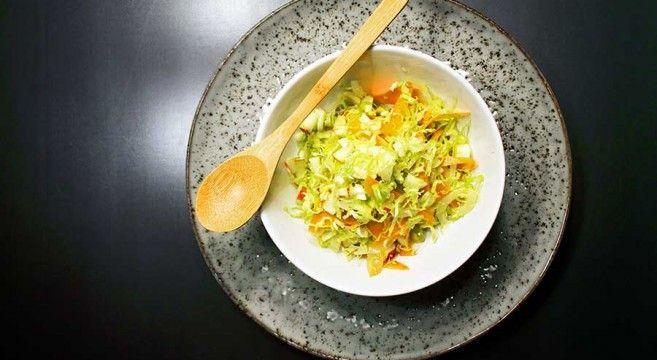 Vintersalat med rosenkål og gulerod // Winter salad with brussel sprouts and carrot