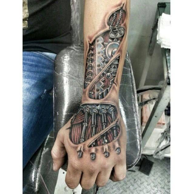 Awesome biomechanical #tattoo - Pinterest || @michaelbungard