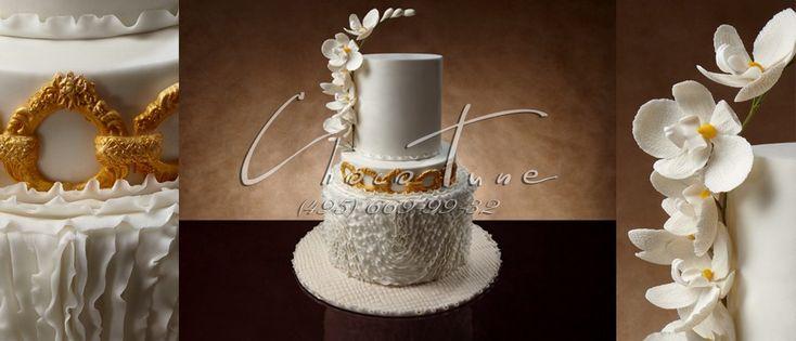 Свадебный торт Ветка Орхидеи  Свадебный торт Ветка Орхидеи — это потрясающее кулинарное произведение от мастеров ChocoTune. Торт оформлен съедобными кружевами, ажурными узорами и напоминает на винтажное платье, а золотой ободок, напоминает на красивый пояс, который подчеркивает изысканную форму двухъярусного свадебного торта.