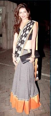 Ved Deal's Bollywood Replica Heavy Black Designer Saree Bollywood Sarees Online on Shimply.com