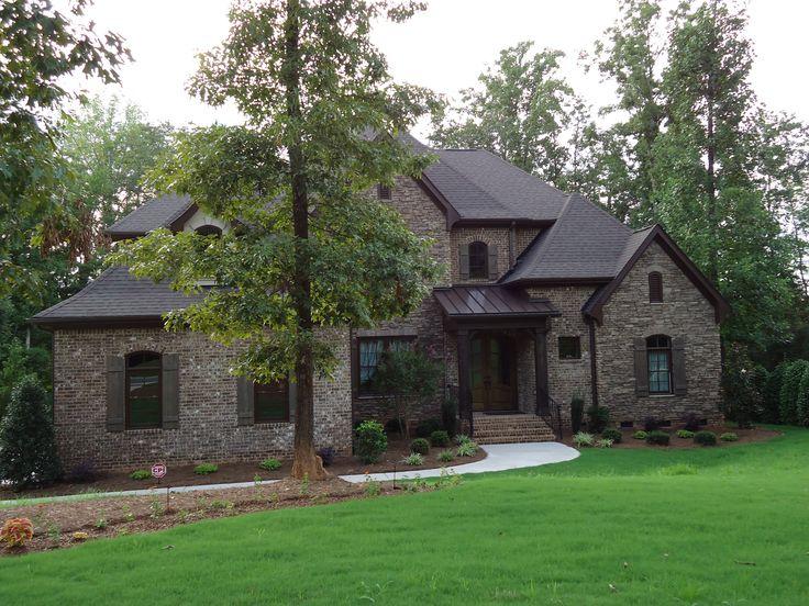 Best Arh Plan Asheville 1131F Exterior 11 Roof Owens Corning Oakridge Teak Metal Roof 400 x 300
