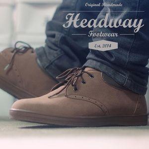 sepatu canvas like brown