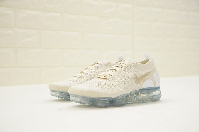 e88e7922c93b Women Nike Air Vapor Max Flyknit 2 Light Cream Gold White 942843-201 ...