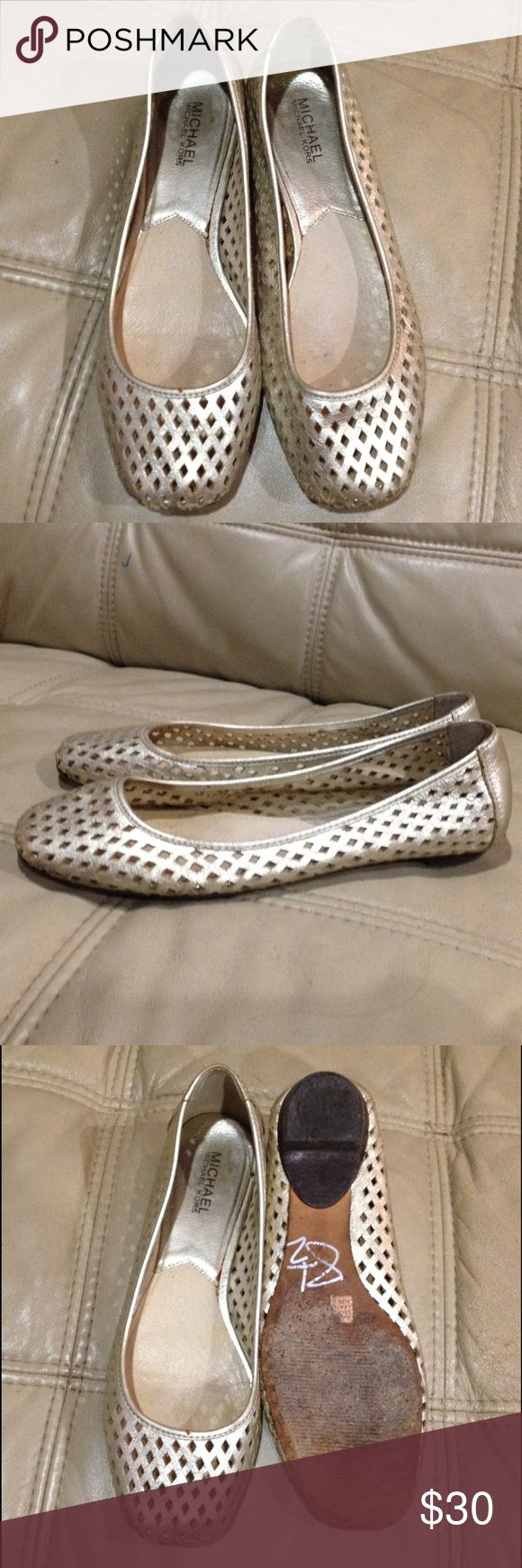 Michael Kors Gold Ballet Flats Shoes Good condition. Signs of wear on the bottom (see photo 3). Michael Kors Shoes Flats & Loafers