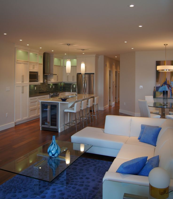 Lakeshore Condo living room.  Design by Giroux Design Group at www.girouxdesigngroup.com