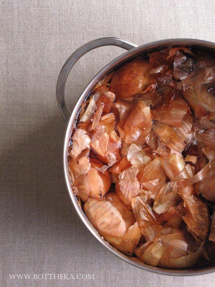 vegetable dyeing, onionskin http://bottheka.com/en/allium-cepa